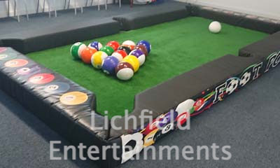 Company sports day games hire - Footpool.