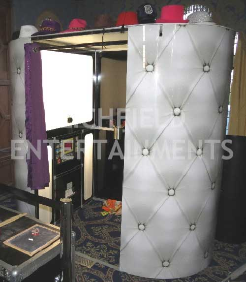 Wedding reception photo booth hire.
